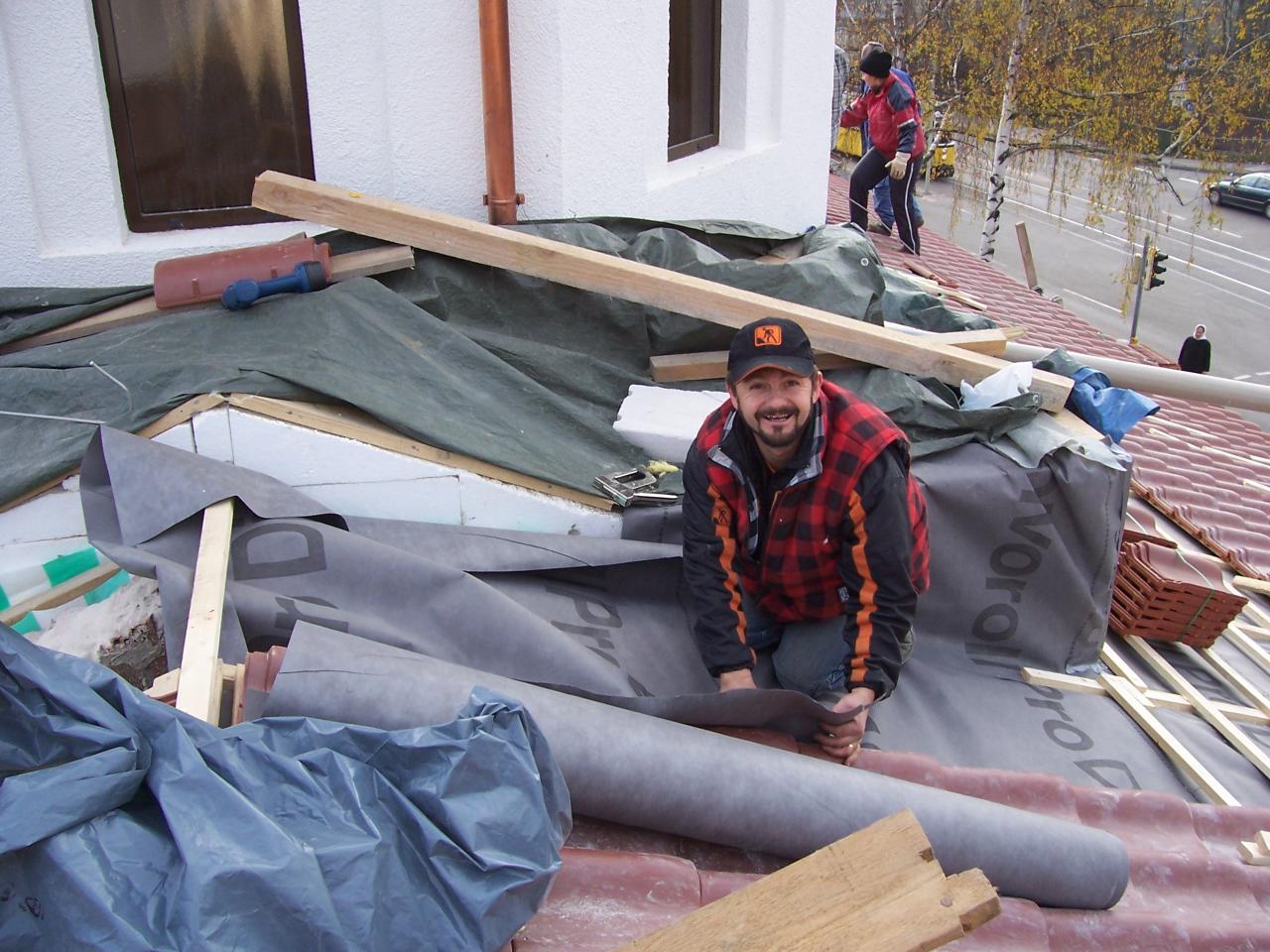 Noiembrie, 24 - Zigla si izolatia pe acoperis