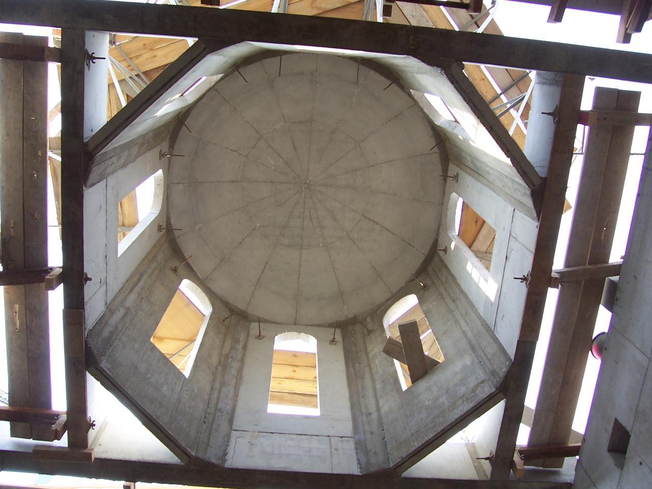 Septembrie, 10 - Turnul în interior