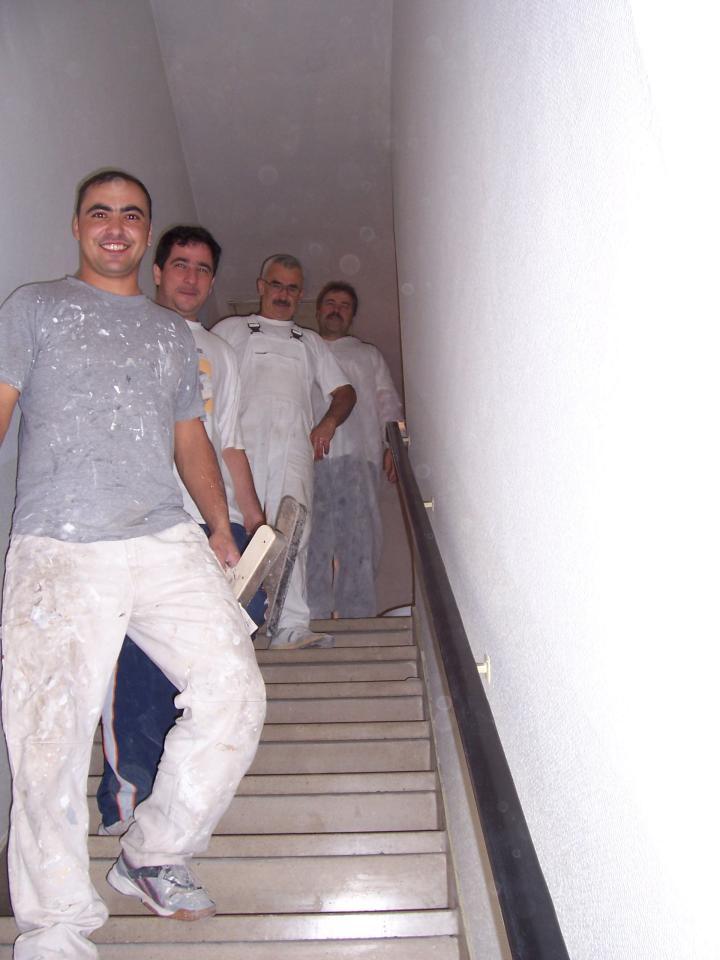 Septembrie - S-a terminat de varuit micutul apartament cu o echipa de ... soc !